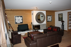 Royalp luxury apartment with hotel services: